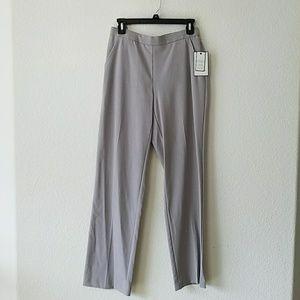 NWT Women Pants Size 6